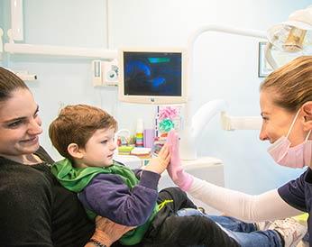 Dal dentista anche da piccolissimi :)
